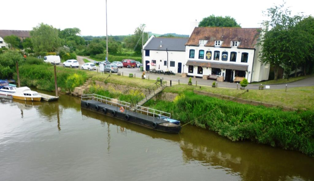 02. Hawbridge Inn from across the river