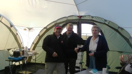 30. Phil and Wendy receive their first Rally Officer plaque
