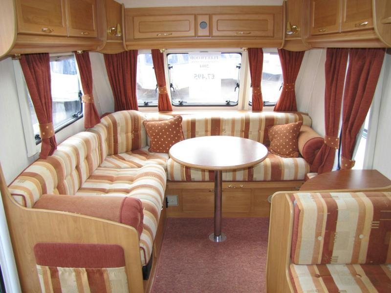 2004 Colchester 560-EK Seating