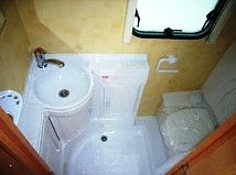 2005 Colchester 380-2 Bathroom
