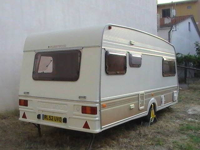 1992 Garland Rear and side