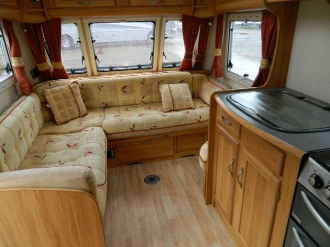 2006 Heritage 640-CB Seating