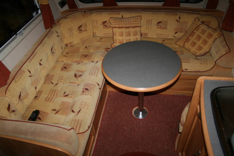 2006 Heritage 640-CB Table