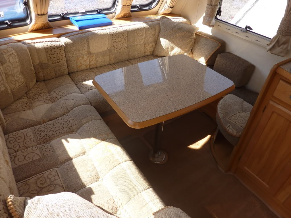 2007 Heritage 640CB Table