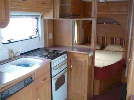2001 Flores kitchenbed