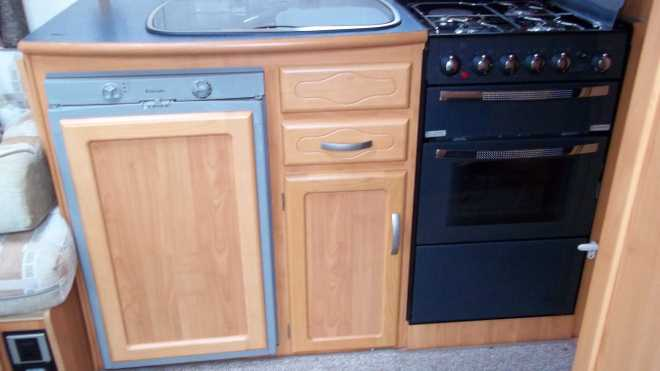2004 Volante Kitchen