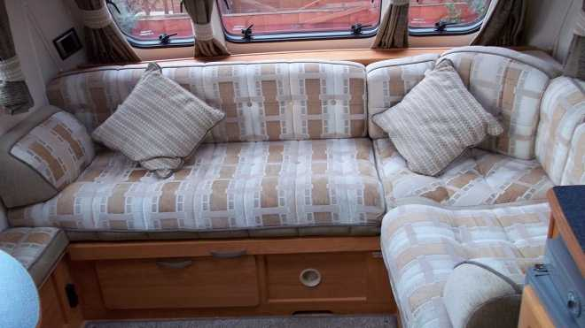 2004 Volante Seating