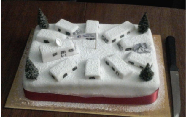 09.-A-fantastic-Christmas-cake-made-by-Steve